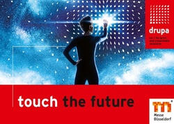 "Logo der drupa 2016 mit dem Claim ""Touch the future"""